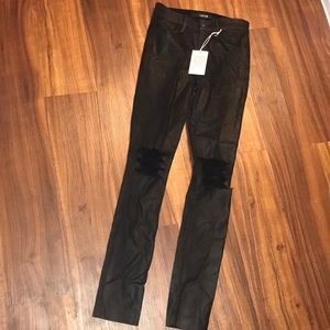 JOE'S BLACK RIPPED JEANS🖤24 HIGHRISE SKINNY ANKLE